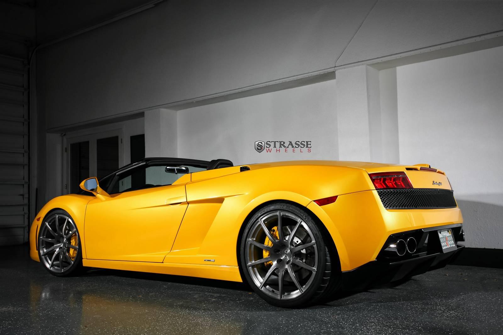 Lamborghini LP560-4 Gallardo Spyder на дисках Strasse Wheels