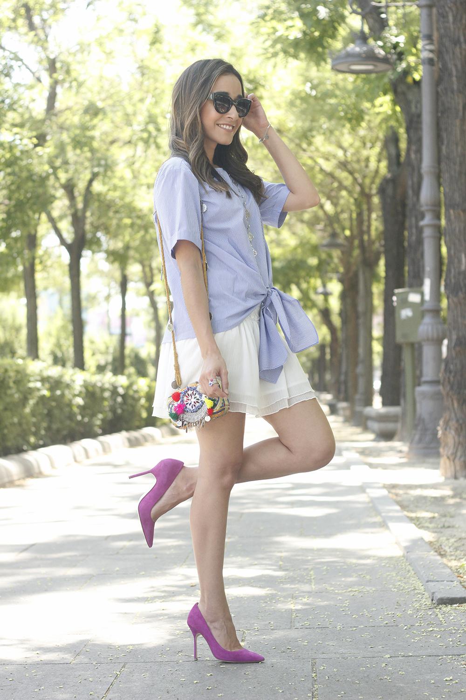 Knotted striped shirt white skirt brosway jewels summer outfit carolina herrera heelsfashion style07