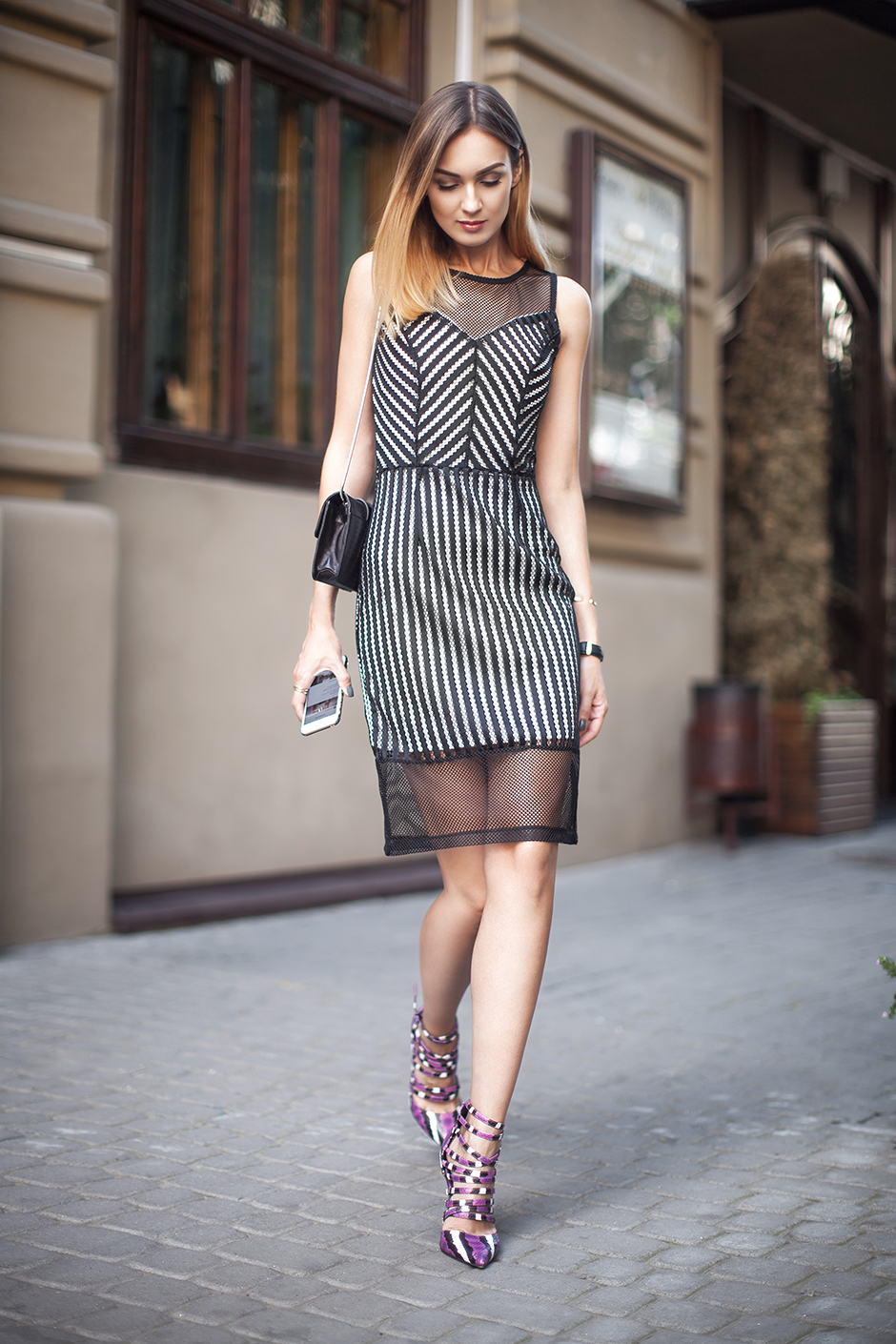 outfit-cocktail-mesh-bodycon-dress-office-style