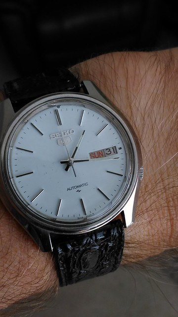 Let us see your Seikos  - Page 2 28565060372_3e66f55b8b_z