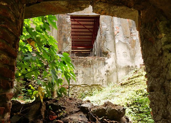 convent-ruins-interior
