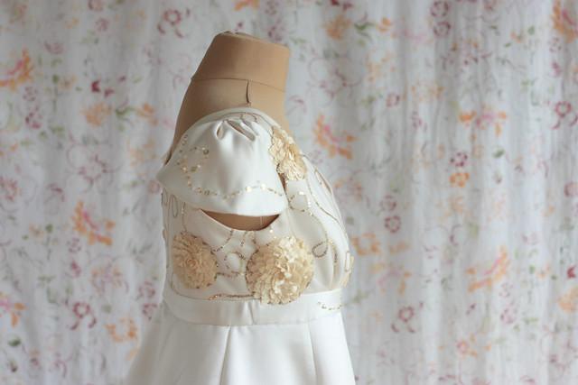 Robe de mariée ivoire et or