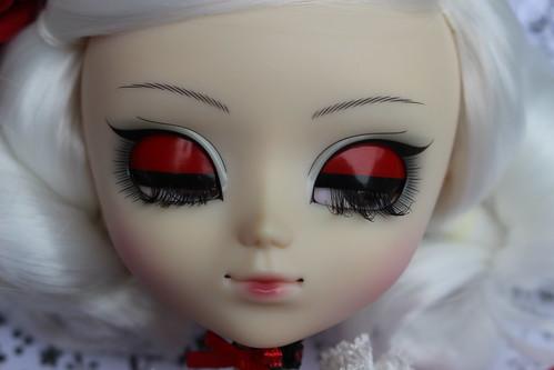 Scarlet Eyelids