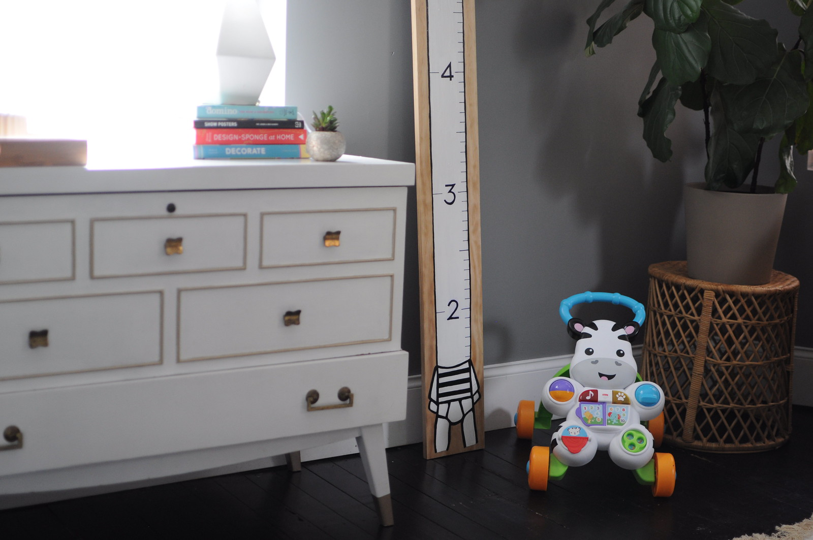 DIY Modern Growth Chart